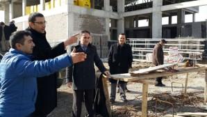 Akış, Gençlik Merkezi İnşaatını İnceledi