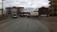 Belediye Otobüsü Kamyonla Çarpıştı