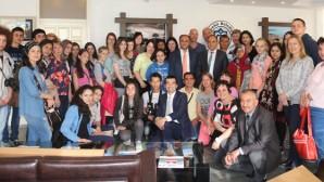 Yabancı Öğrencilerden Başkan Özaltun'a Ziyaret