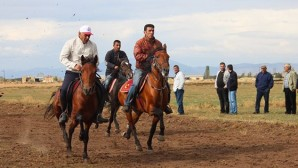 At yarışları nefes kesti